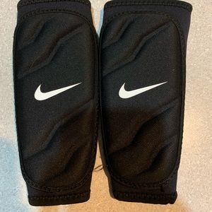 Nike Other - Nike Shin Guards Childs size Small
